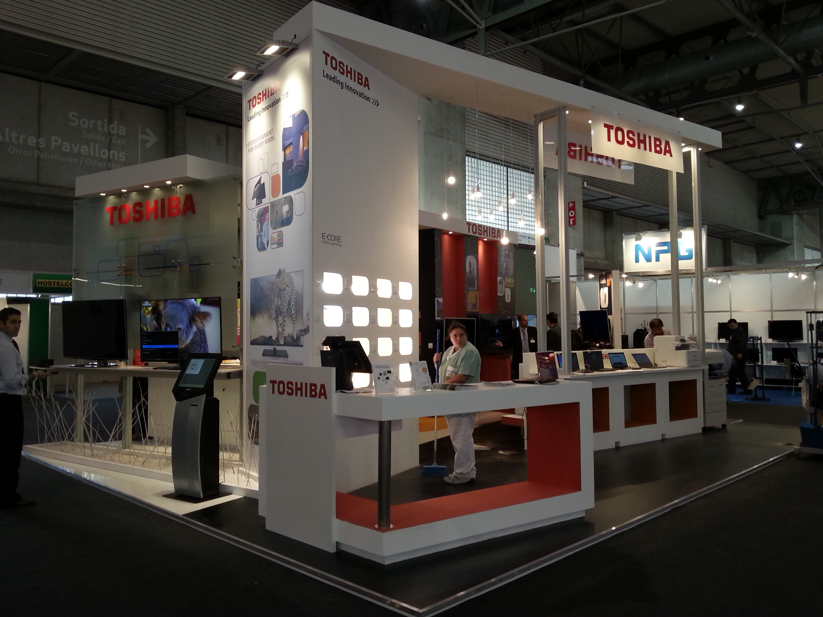 Stand-Diseño-Toshiba-Di&P