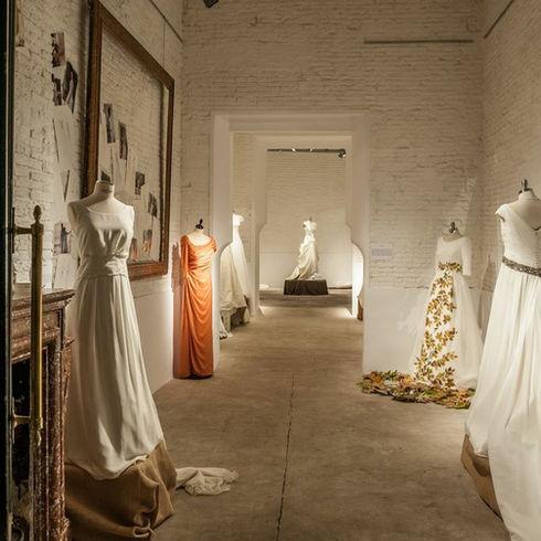Carmen Halffter Showroom vestidos de novia / Bridal Dress Showroom