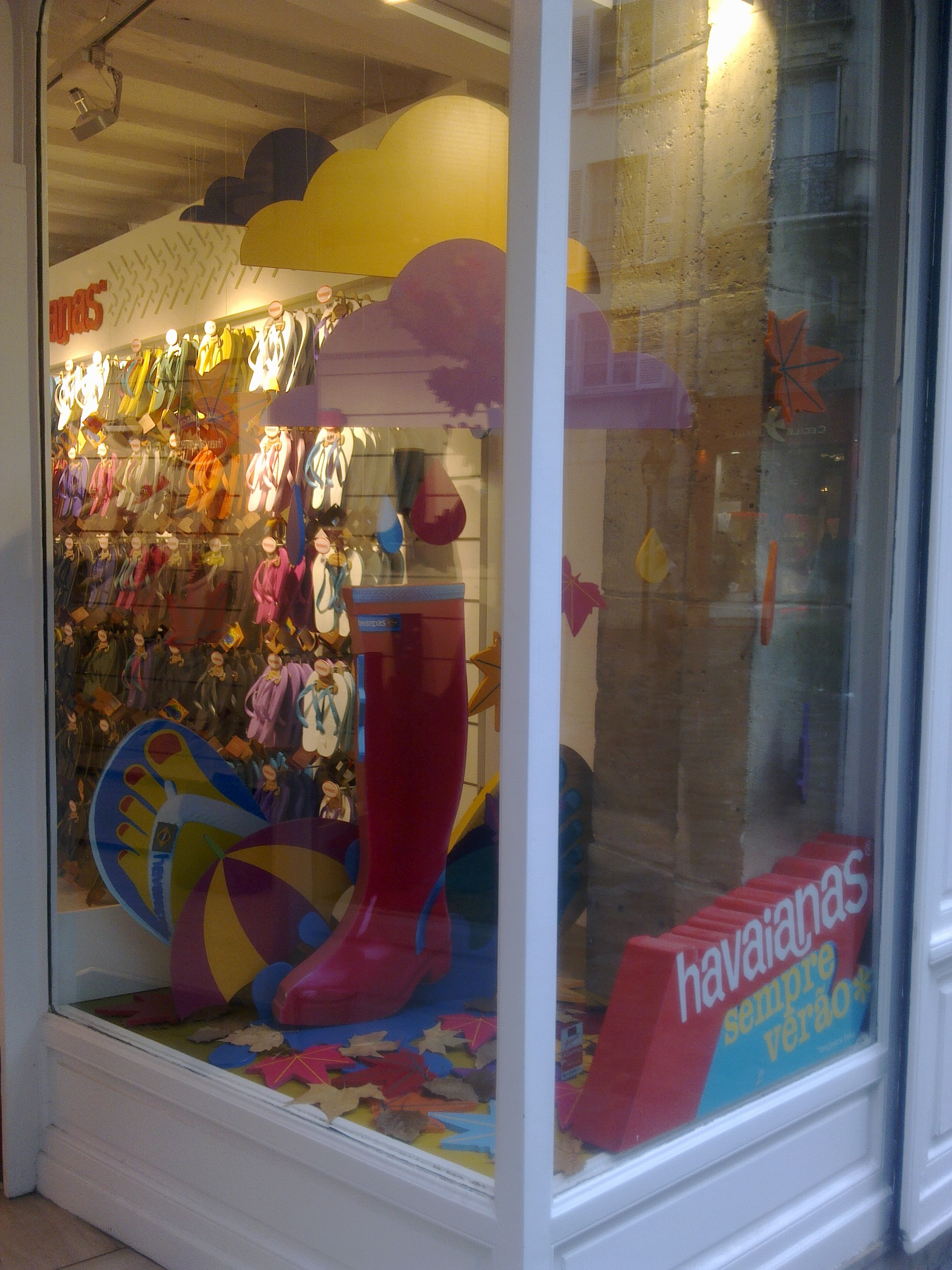 IC Escaparate Havaianas Paris (16).jpg