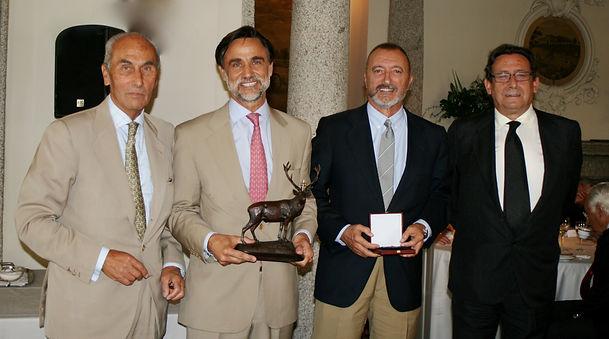 César Fernández de la Peña, Pablo Ortega Martín-Rosales, Arturo Pérez Reverte y Alfonso Ussía Muñoz Seca (Fotografía: Santiago Segovia Pérez)