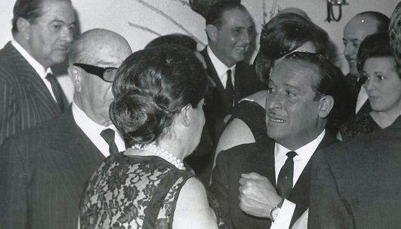 Antonio Cavero (Carondelet), Paco Ussía, Luís Zunzunegui y Sra. de Guerrero. (Fotografía cedida por César Fernández de la Peña)