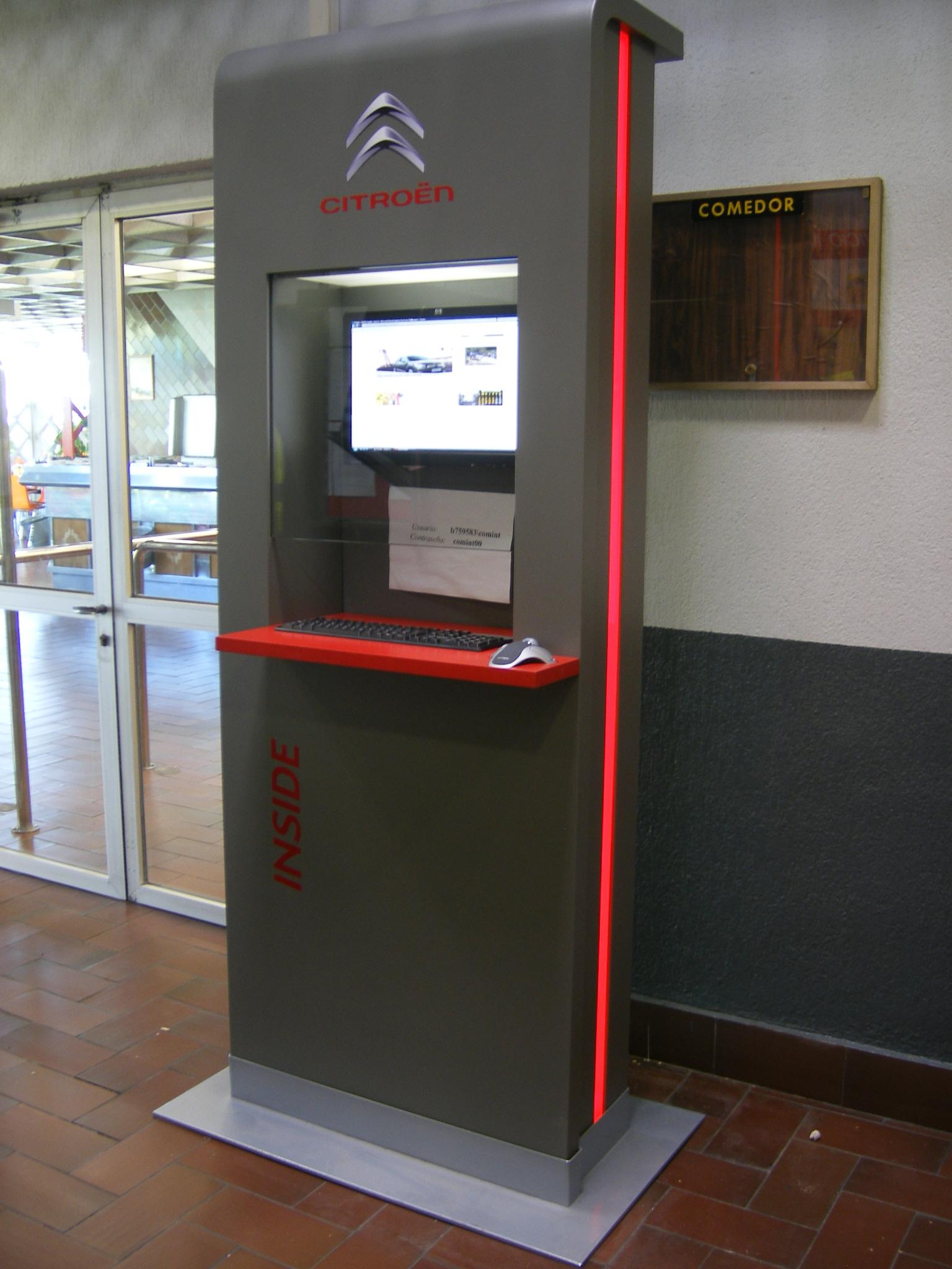 Retail-Design-Citroen-Di&P-Exhibitor