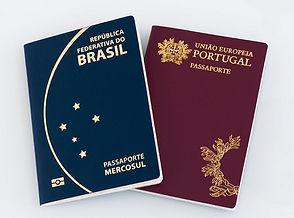 passaporte-do-brasil-e-de-portugal.jpg