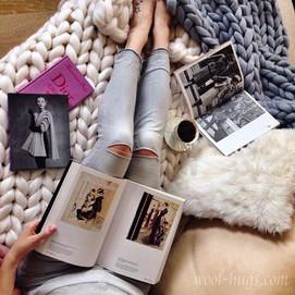 Giant yarn blanket