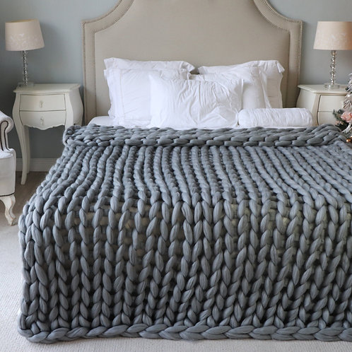 Large Chunky Knit Blanket