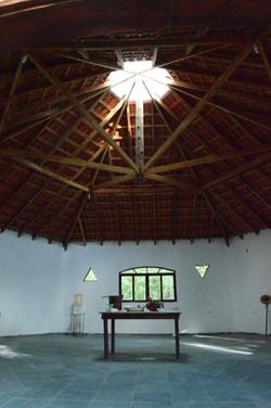 Dentro Templo