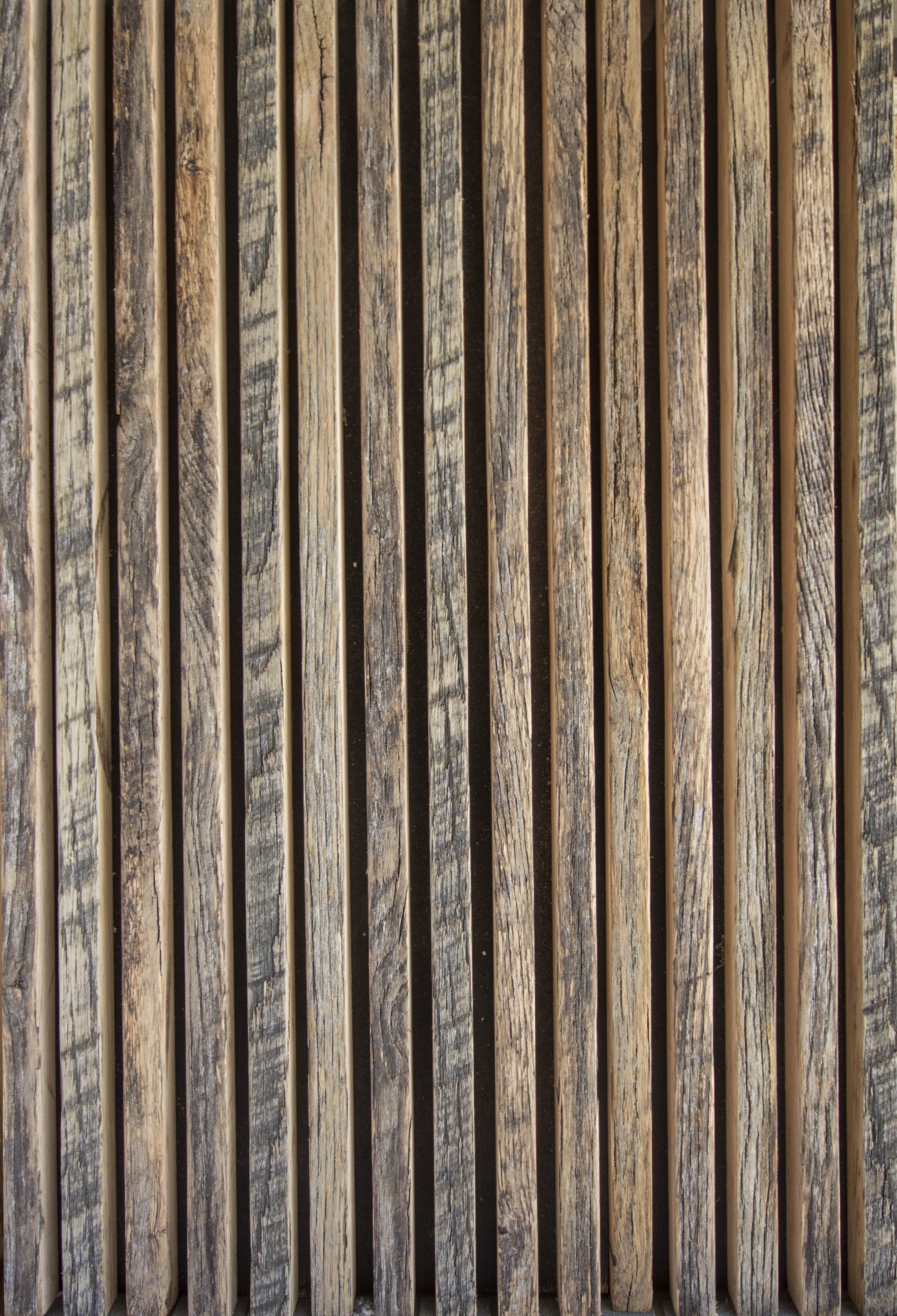 LOUVER Weathered Oak