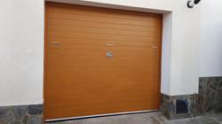 34_puerta_basculante_imitación_madera