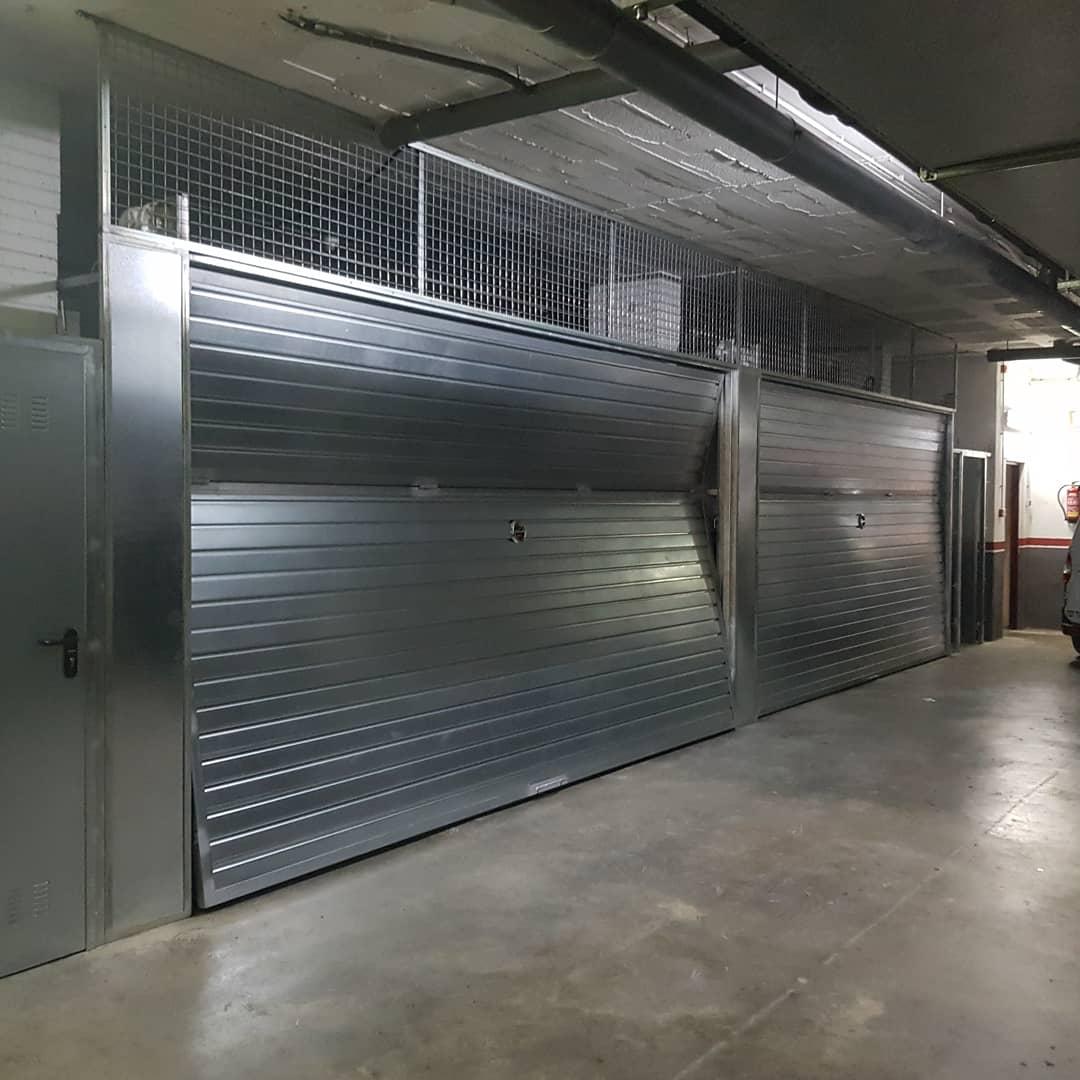 Puertas galvanizadas pc4 basculante
