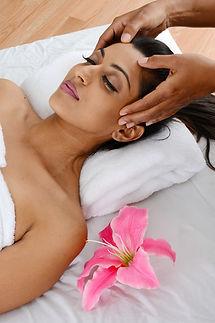 ayurvedische Anwendung, ayurvediche Massage, Ayurveda, Ayurveda und Yoga,