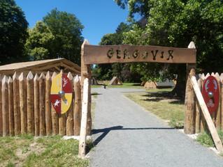 Un village Gaulois inauguré en Auvergne