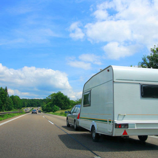 New rules for towing a trailer or caravan with a car
