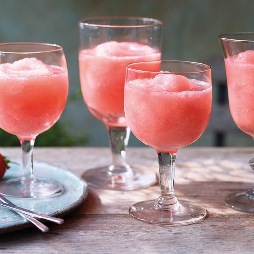Strawberry frosé