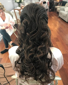 #curls #hair #haircut #hairdresser #updo #weddinghair #bridesmaid #bridalhair #bridesmaidhair #wedding #formalhair #longhair #firemonkeyhair