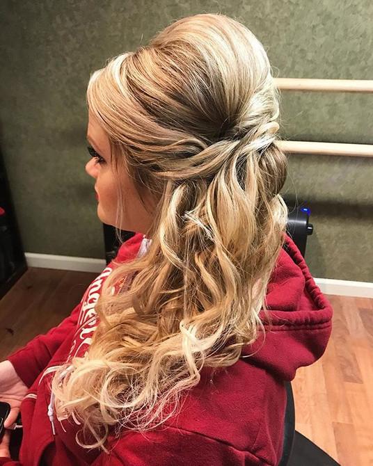 #updo #wedding #weddinghair #hair #formalhair #sayyestothedress #tlc #bridesmaidhair #bridesmaid #bighairdontcare #blonde