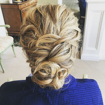 #bridesmaid #bridesmaidhair #hair #updo #wedding #weddinghair #messsyhair #curls #stonebridge #longisland #newyork #nywedding #septemberwedd