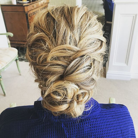 #bridesmaid #bridesmaidhair #hair #updo #wedding #weddinghair #messsyhair #curls #stonebridge #longisland #newyork #nywedding #septemberwedd