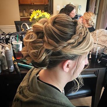 #bridesmaid #wedding #bridesmaidhair #weddinghair #hair #hairdresser #longisland #newyork #updo #formalhair #braid #curls