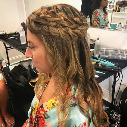 #hair #bridesmaid #wedding #weddinghair #braid #curls #flowerchild #formalhair