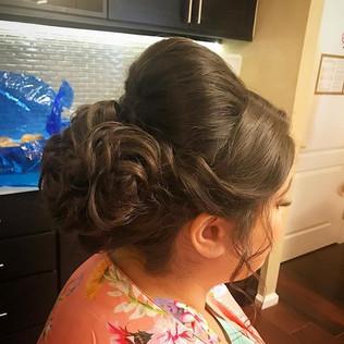 #bridesmaid #bridesmaidhair #bridalhair #weddinghair #wedding #hair #updo #formalhair #curls #firemonkeyhairdesign #foxhollow #longislandwed