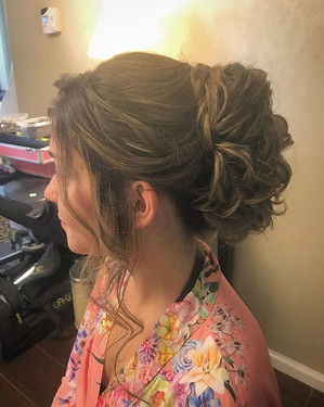 #updo #formalhair #hair #weddinghair #wedding #foxhollow #longisland #longislandhair #newyork #newyorkhair #bridesmaid #bridesmaidhair #curl