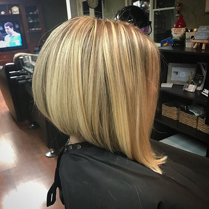 #thickhair #shorthair #bob #assymetricalbob #undercut #blonde #highlights #blondehair #behindthechair #modernsalon #hairbrained #hair #hairc