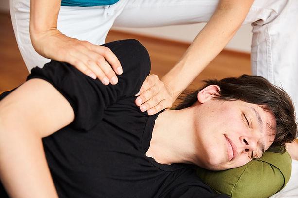 Shiatsu-Massage-Verspannung-Wien 077 ori