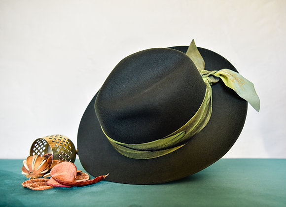 Moss Wool Fedora Hat With Wingin'it Silk Twilly