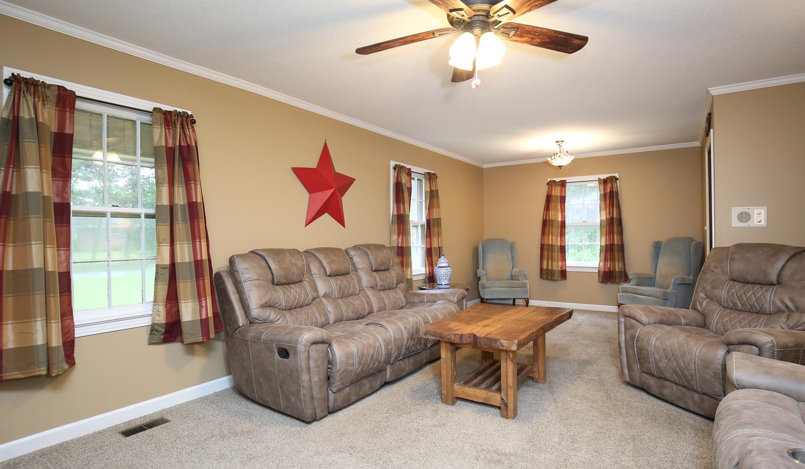 005_294_barnes_ave_living_room.jpg