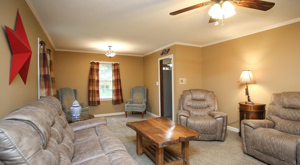 008_294_barnes_ave_living_room.jpg