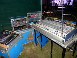 analog - zvučení 2012