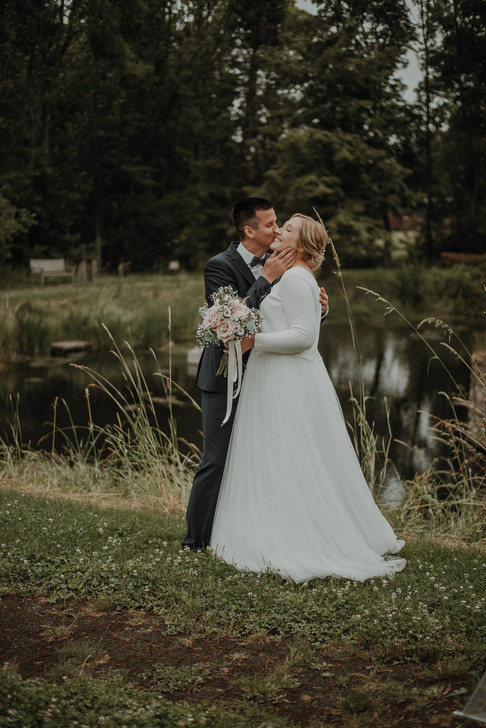 Hanni x Franzi wedding-14.jpg