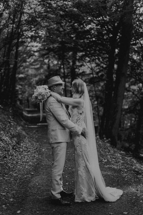 Hochzeit Hanni x Franzi Biedenkopf-52.jpg