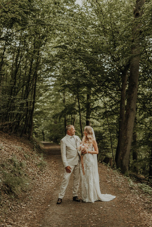 Hochzeit Hanni x Franzi Biedenkopf-57.jpg