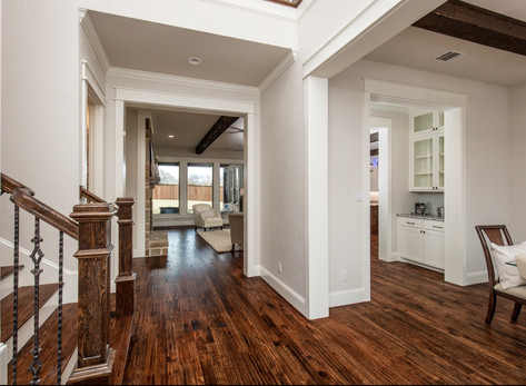 Winding Home Entryway