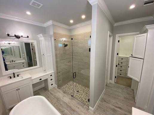 Midlo Home Master Bath