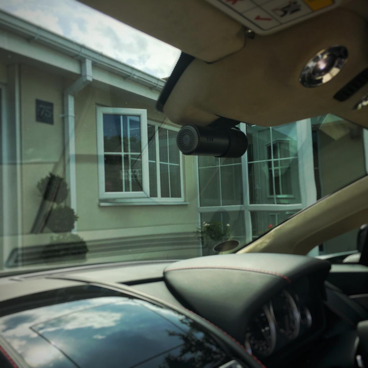 Aston Martin V8 Vantage Roadster Dashcam install Sheffield Yorkshire  Goluk Dashcam T1