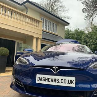 Blackvue 900x Dashcam installer Tesla Model S