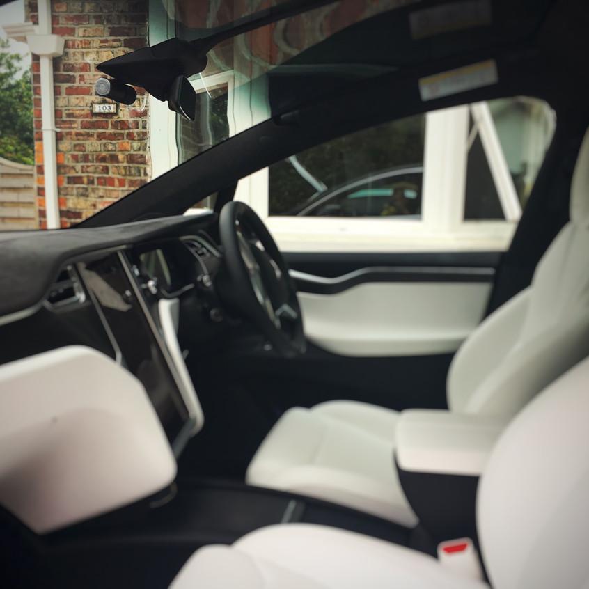 Tesla Model X T1 Dashcam