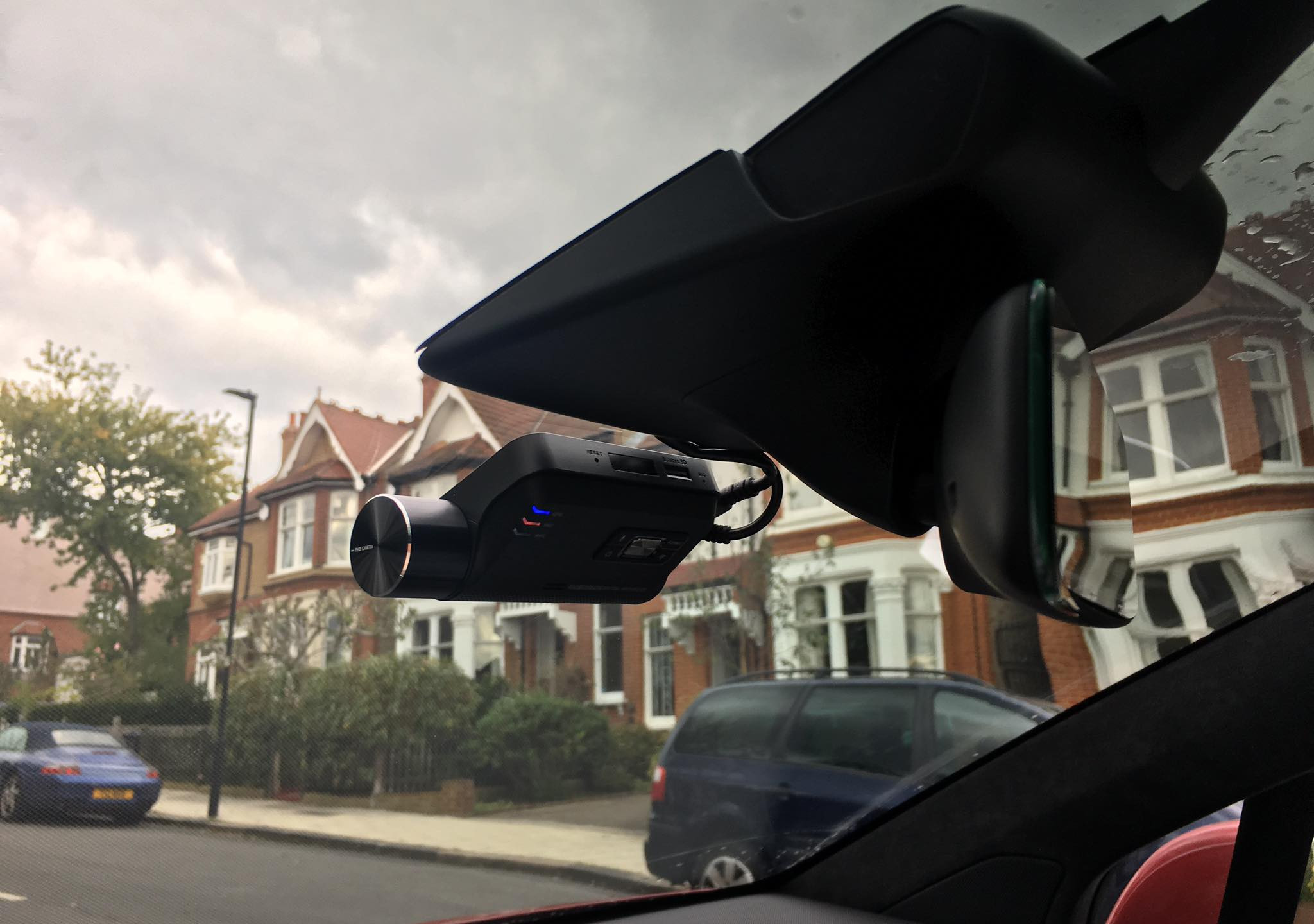 Other Dashcam with lower video quality bitrate recording. Thinkware F800