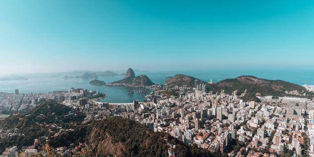 landscape-of-rio-de-janeiro-surrounded-b