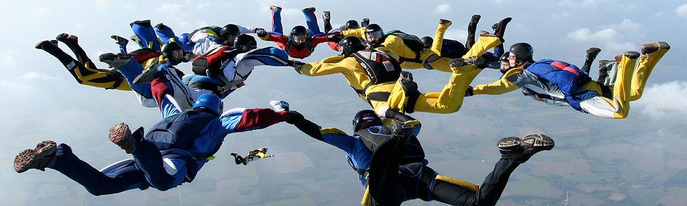 Fallschiremspringer 2.jpg