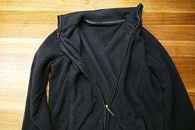 Fleece Jacke schwarz klein.jpg