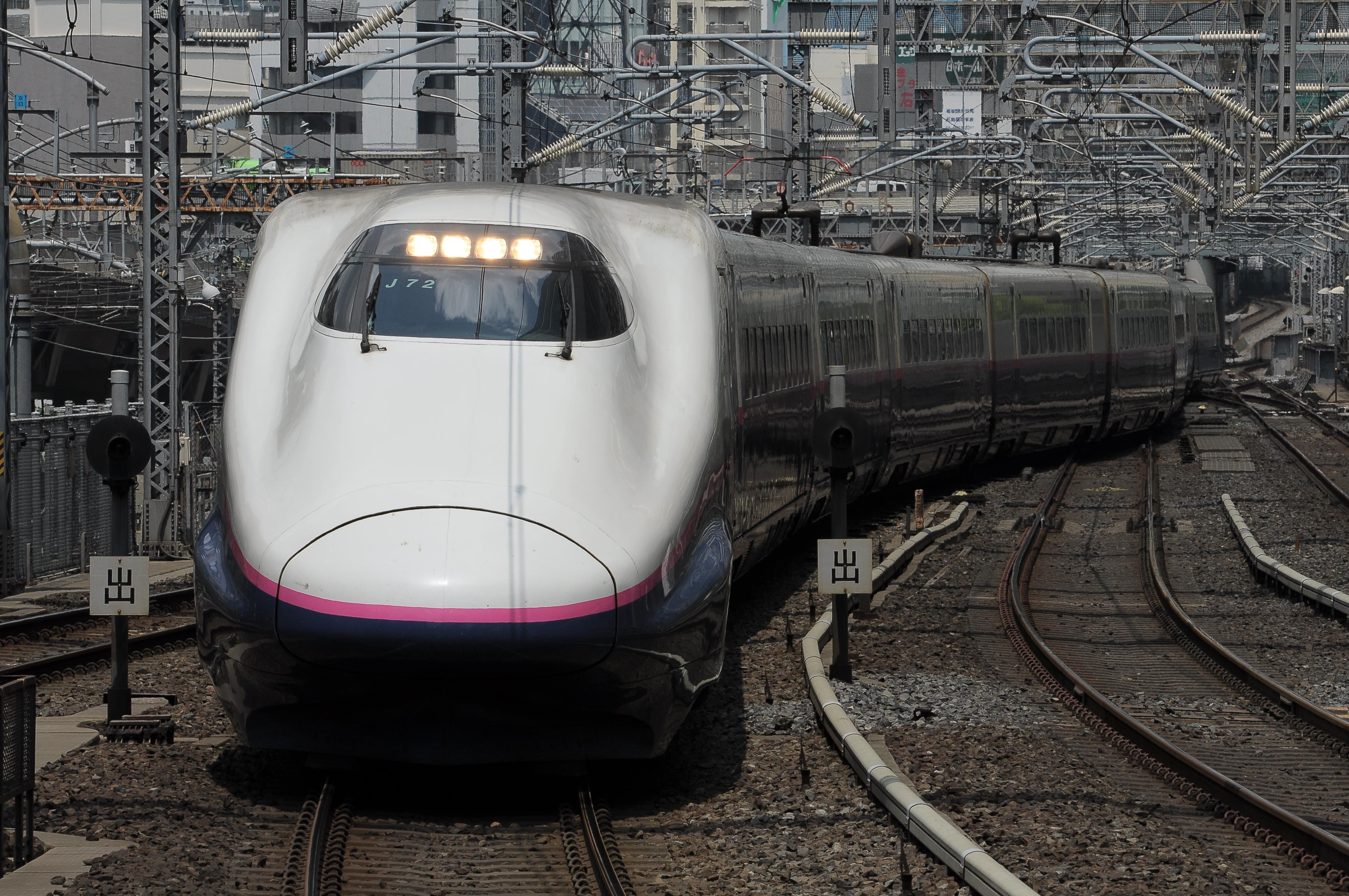 E2系J72編成