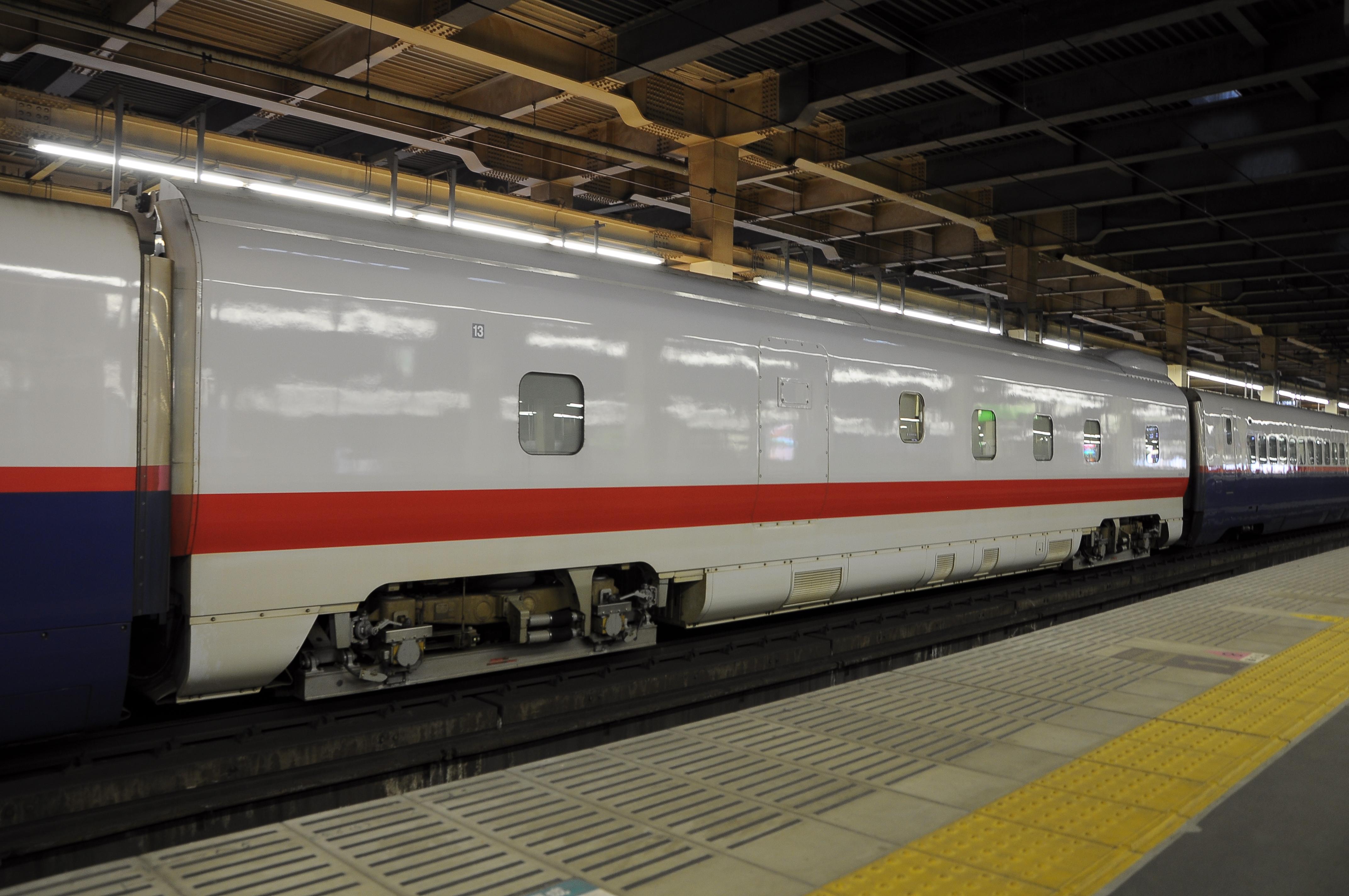 E926形13号車