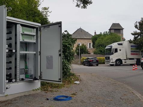 LE CÂBLAGE DE LA FIBRE OPTIQUE A DEBUTÉ À SAINT-GERMAIN-LES-VERGNES.