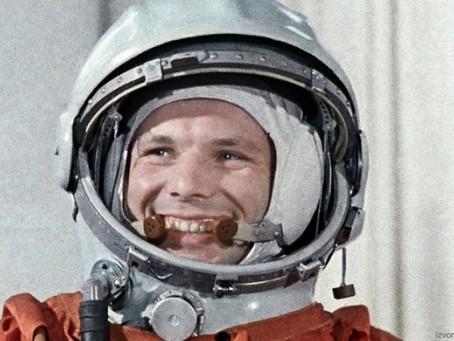 Yuri Gagarin - prvi čovjek koji je poletio u svemir!