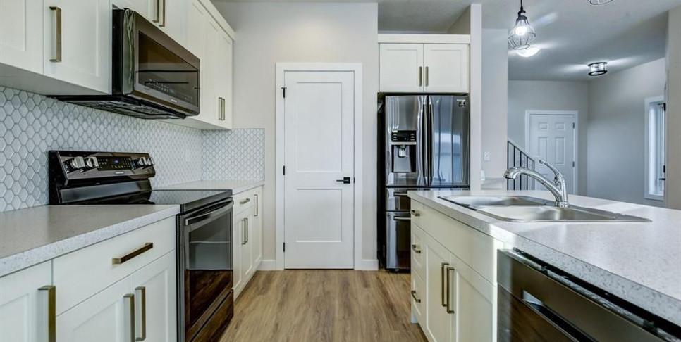 kitchen1.1.jpg