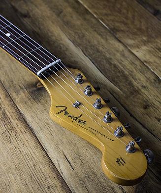 Stratocaster Headstock Vertical.jpg