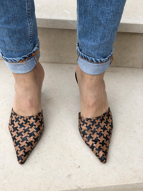 Houndstooth leather sandals